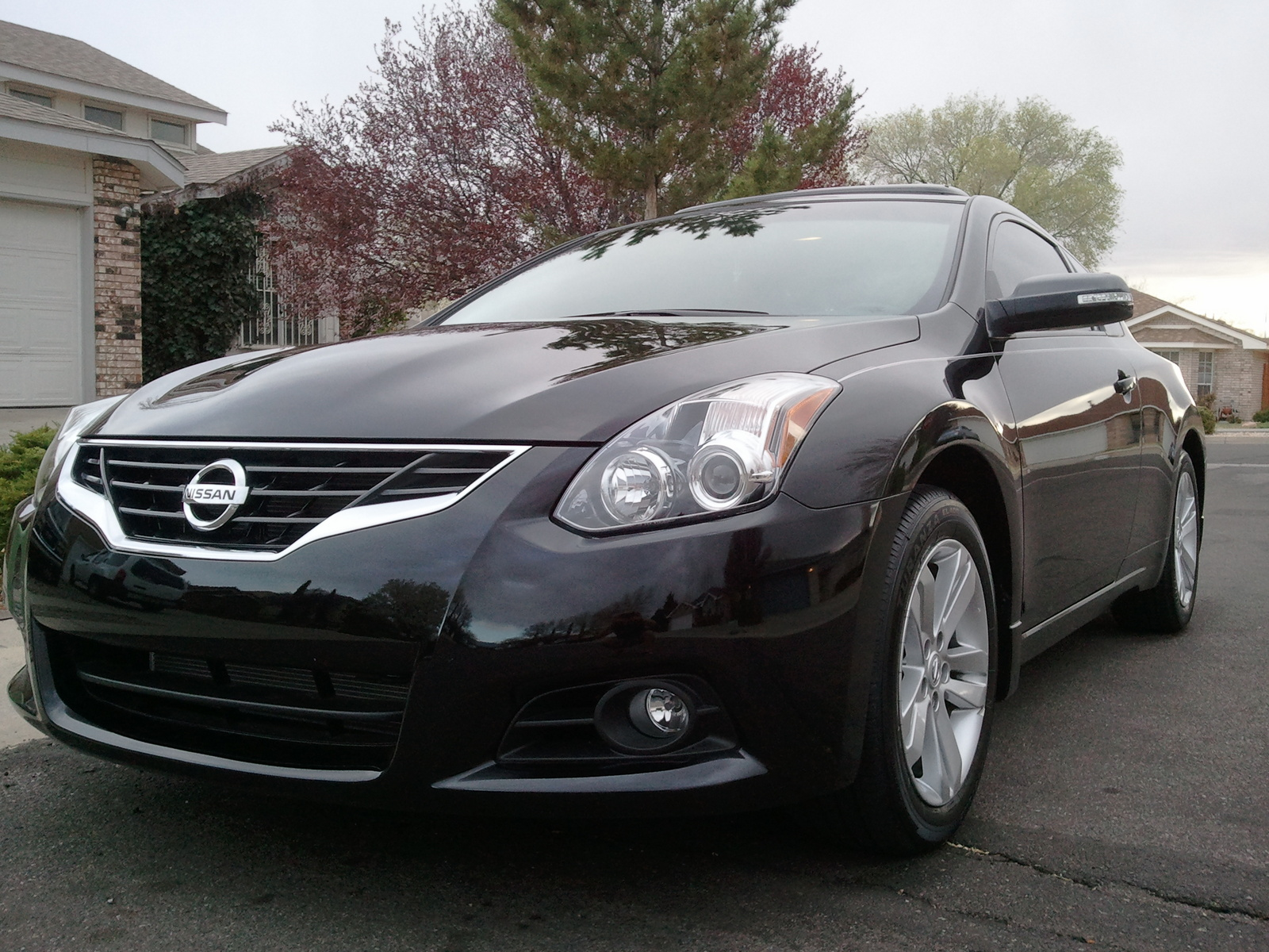 2011 nissan altima - information and photos - zombiedrive
