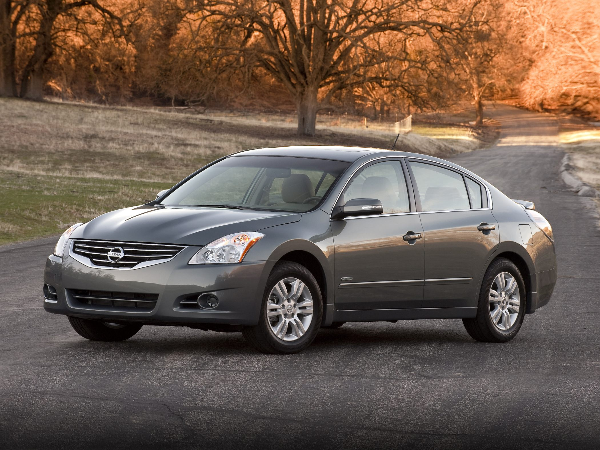 2011 nissan altima hybrid - information and photos - zombiedrive