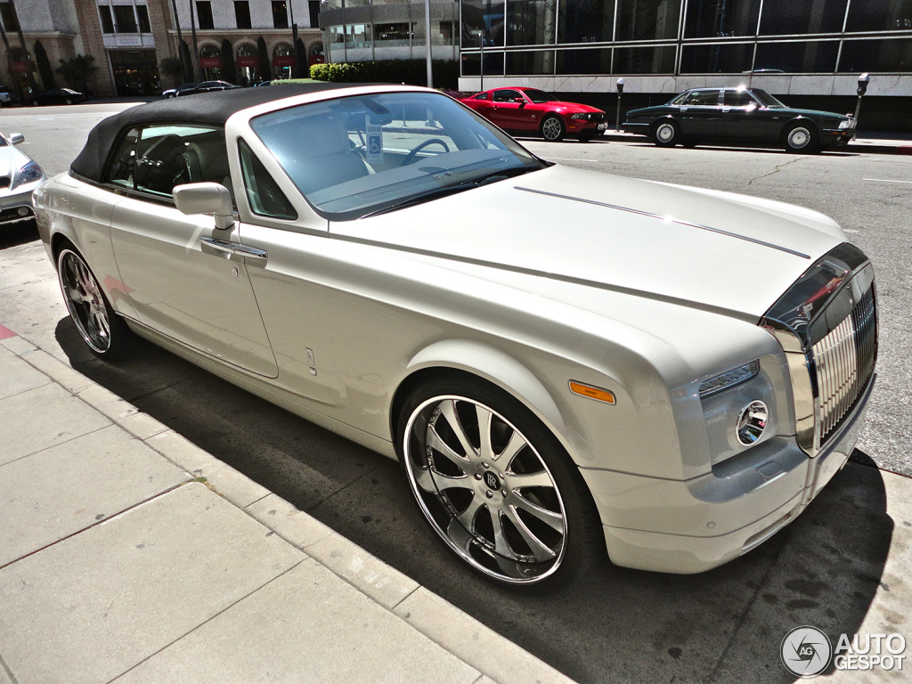 Rolls-Royce Phantom Drophead Coupe #11