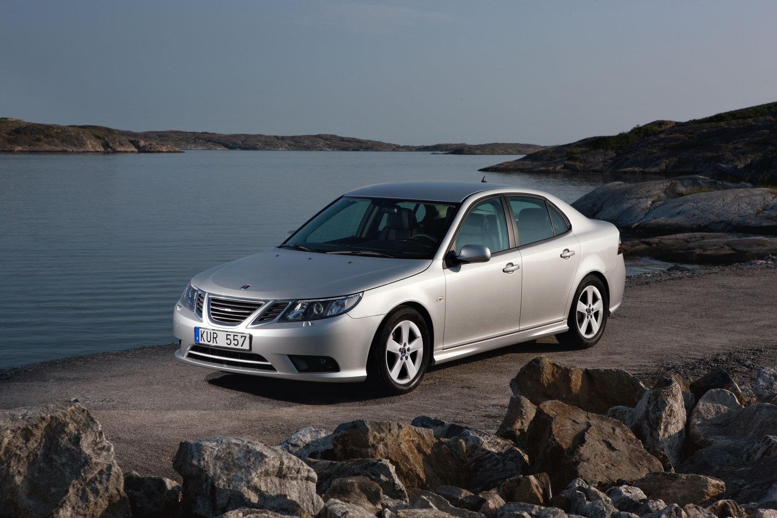 2011 Saab 9 3 Image 14