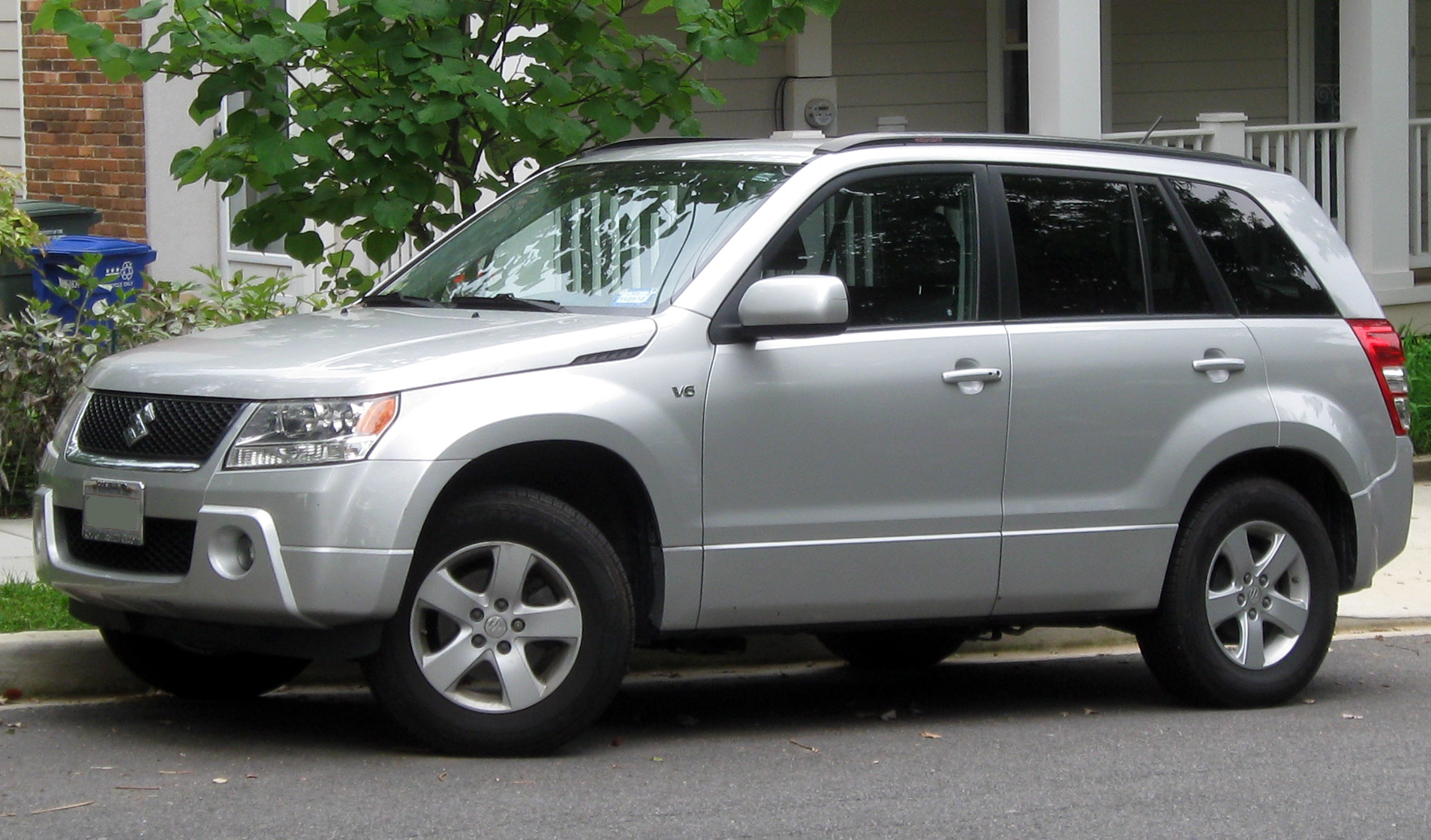 2011 suzuki grand vitara information and photos zombiedrive rh zombdrive com Suzuki Samurai suzuki grand vitara 2011 repair manual