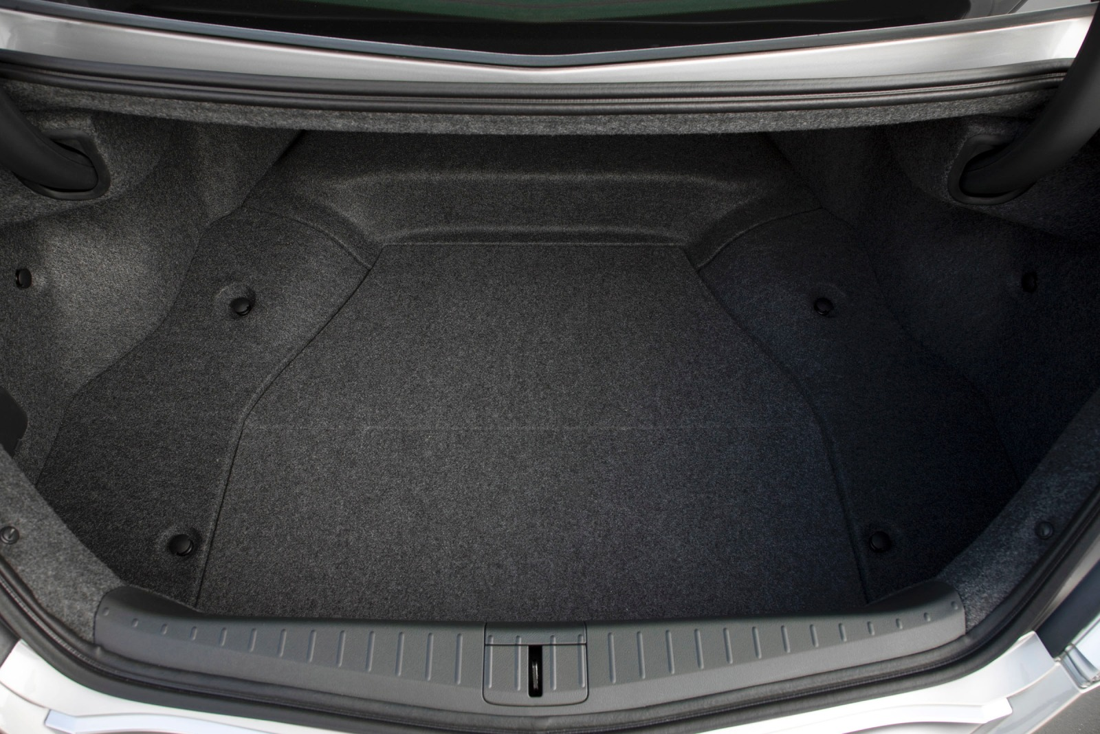 2011 Acura TL Sedan Cargo interior #3