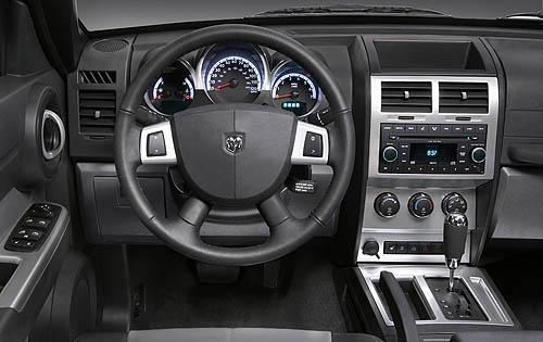 2011 Dodge Nitro Center C interior #6