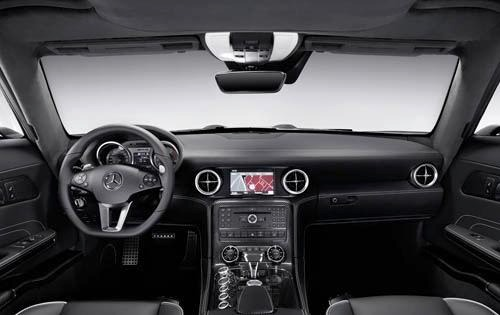2011 Mercedes-Benz SLS AM interior #9