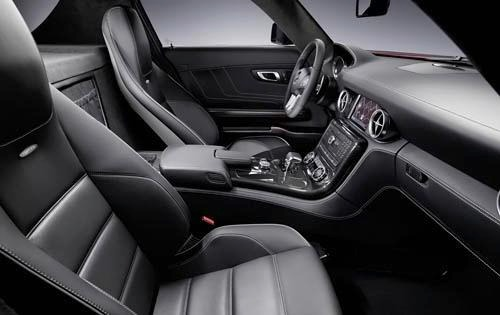 2011 Mercedes-Benz SLS AM interior #8