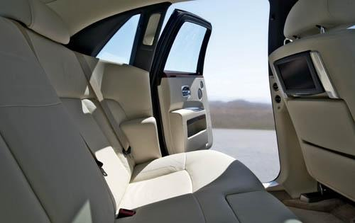 2011 Rolls-Royce Ghost Re interior #9