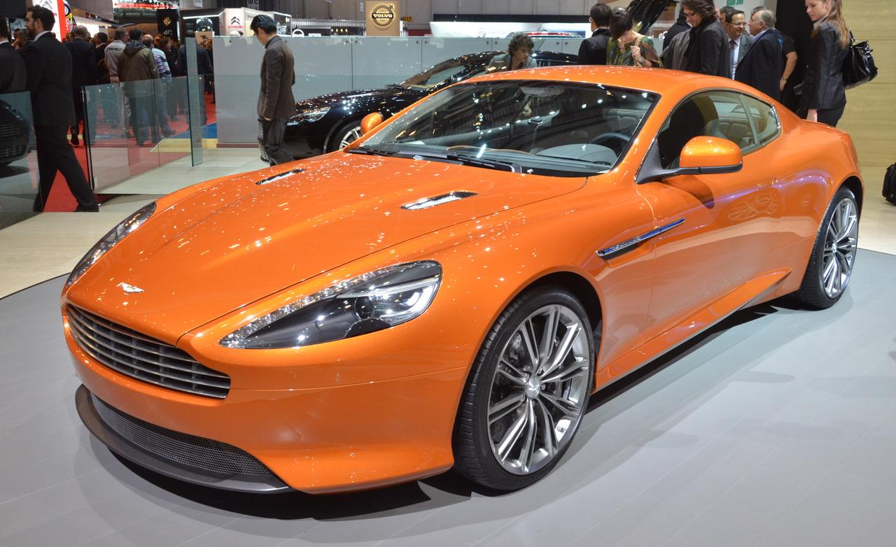 Aston Martin Virage #10