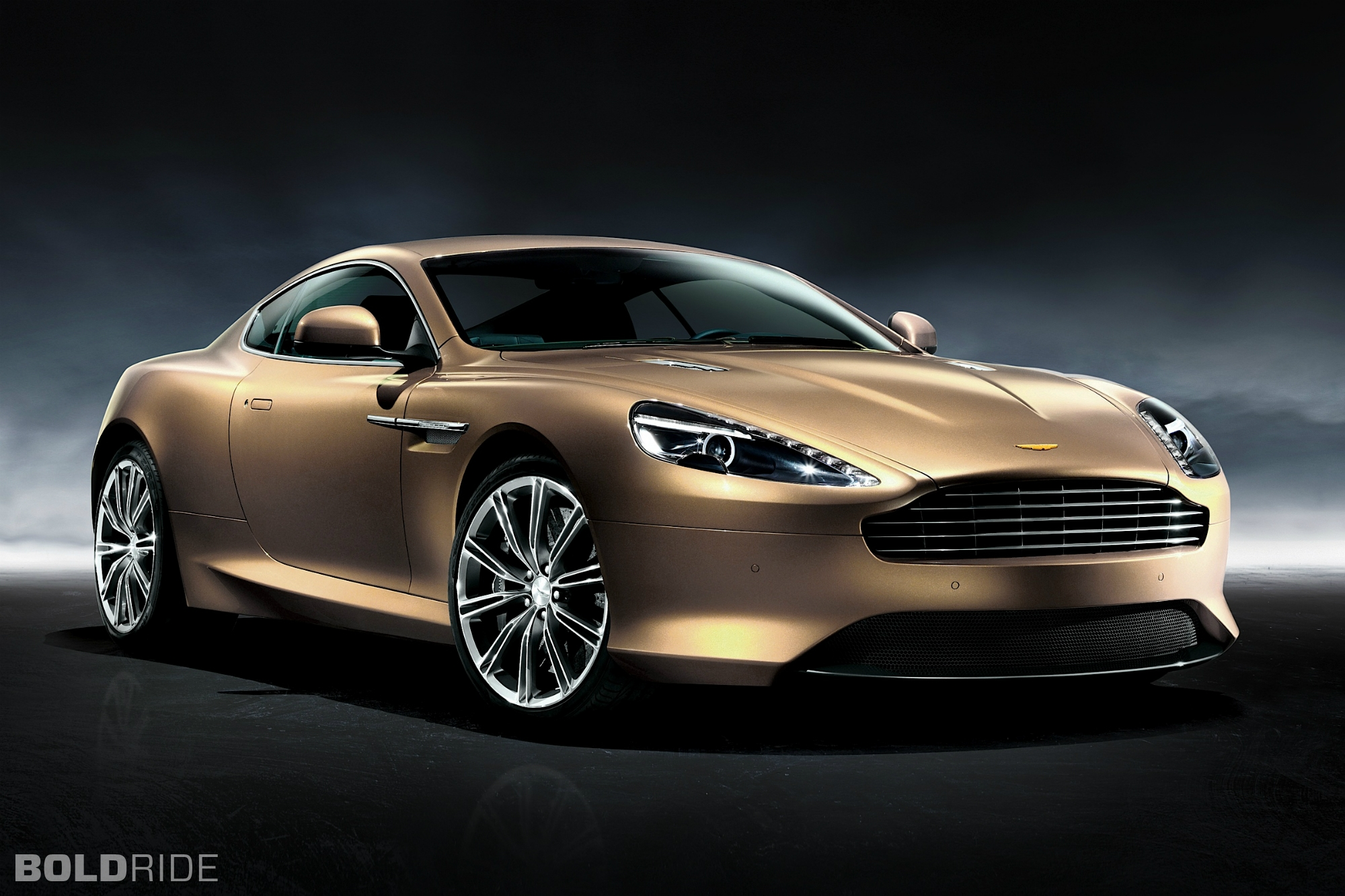 Aston Martin Virage #18