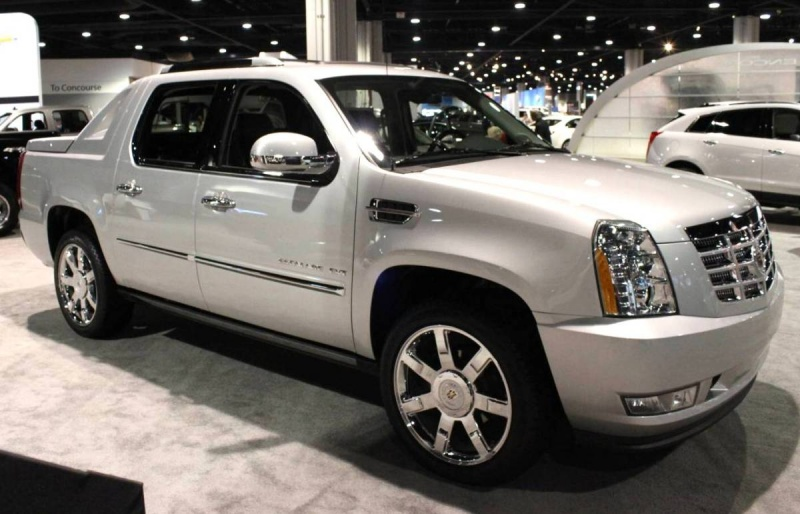 Cadillac Escalade Ext 2017 >> 2012 Cadillac Escalade EXT - Information and photos ...