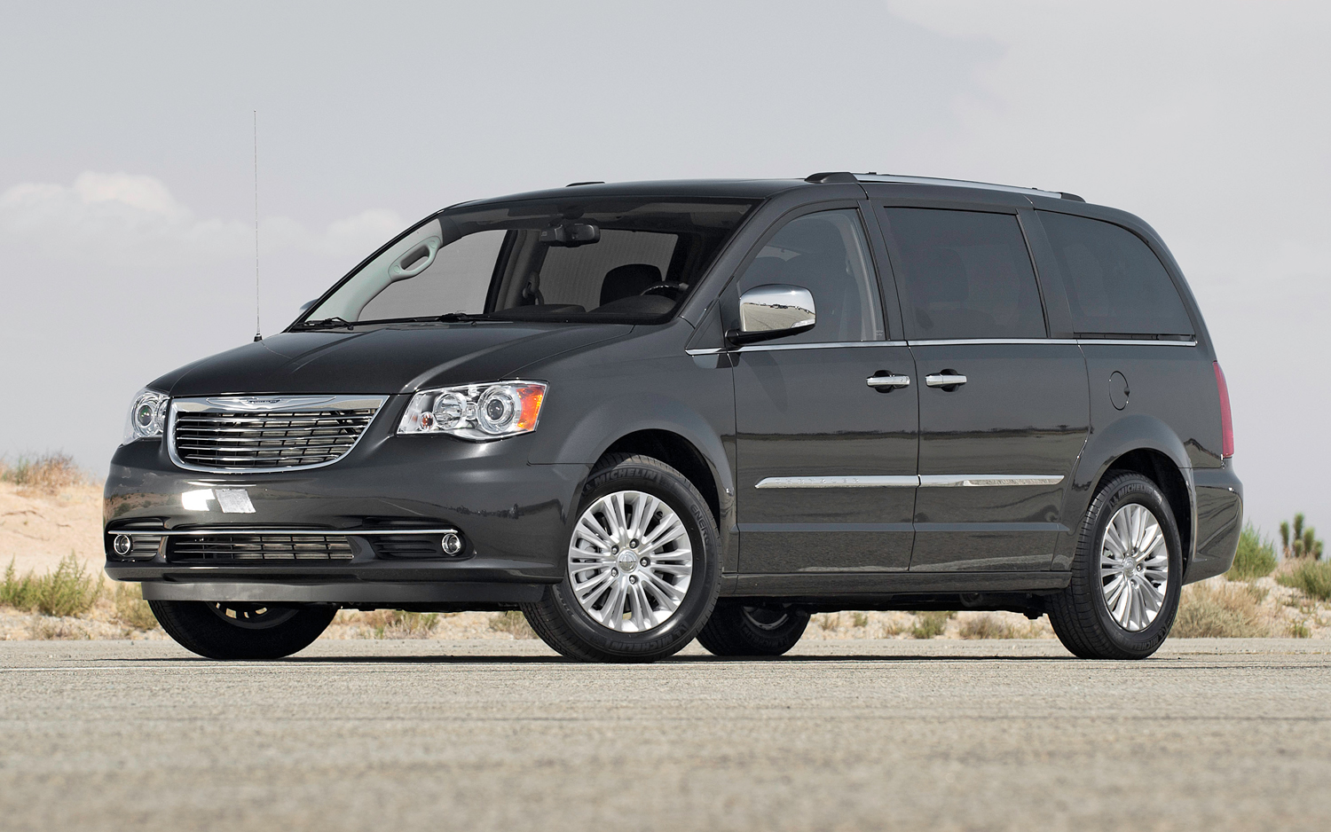 2012 chrysler town and country image 10. Black Bedroom Furniture Sets. Home Design Ideas