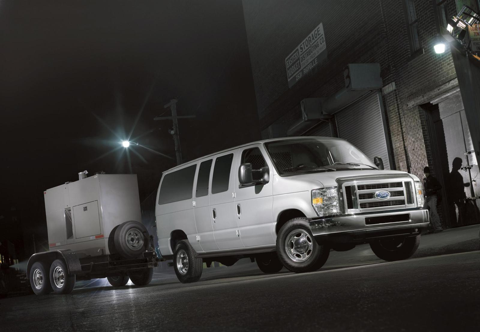 Ford E-Series Van #9