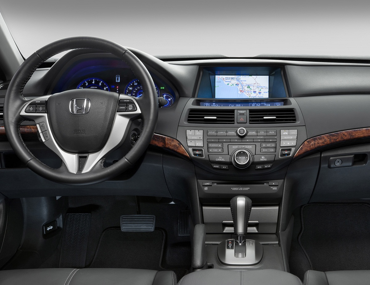 2012 Honda Accord - Information and photos - ZombieDrive
