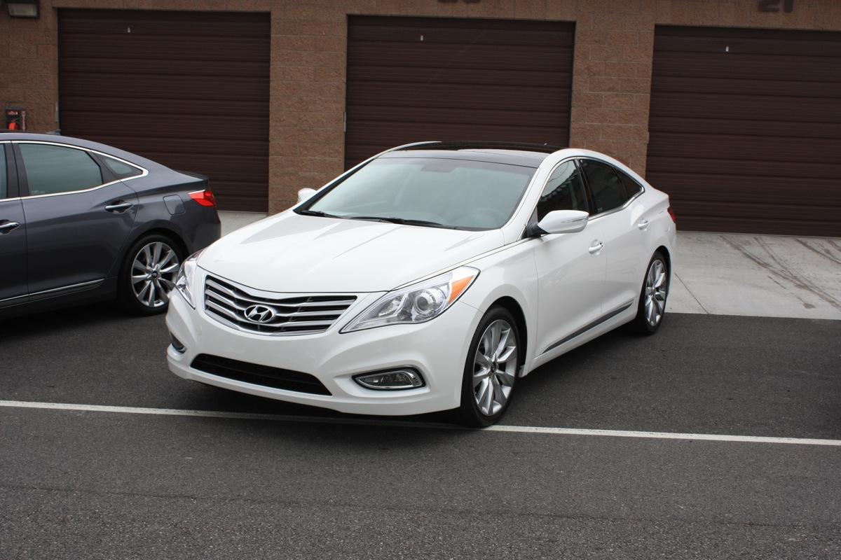 2012 Hyundai Azera Image 8