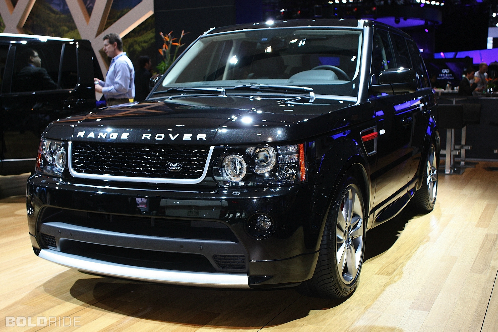 2012 Land Rover Range Rover Sport  Information and photos