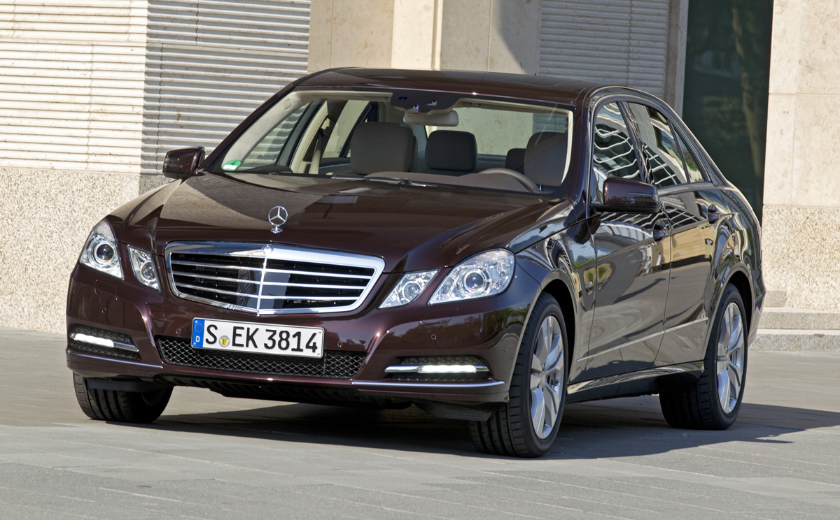 2012 mercedes benz e class information and photos zombiedrive. Black Bedroom Furniture Sets. Home Design Ideas