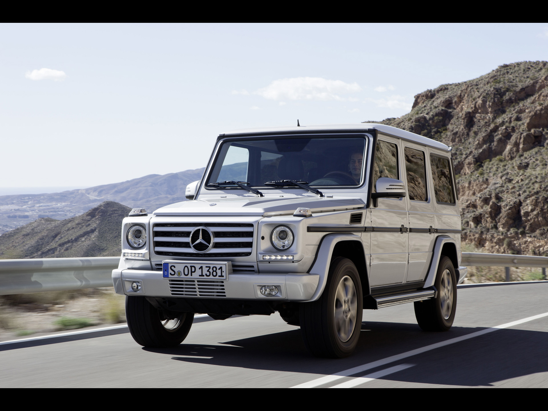 Image gallery 2012 mercedes g500 for Mercedes benz g class used 2003