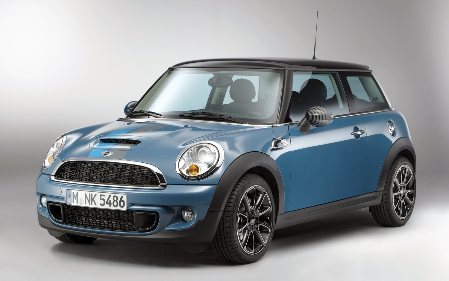 2012 mini cooper information and photos zombiedrive. Black Bedroom Furniture Sets. Home Design Ideas