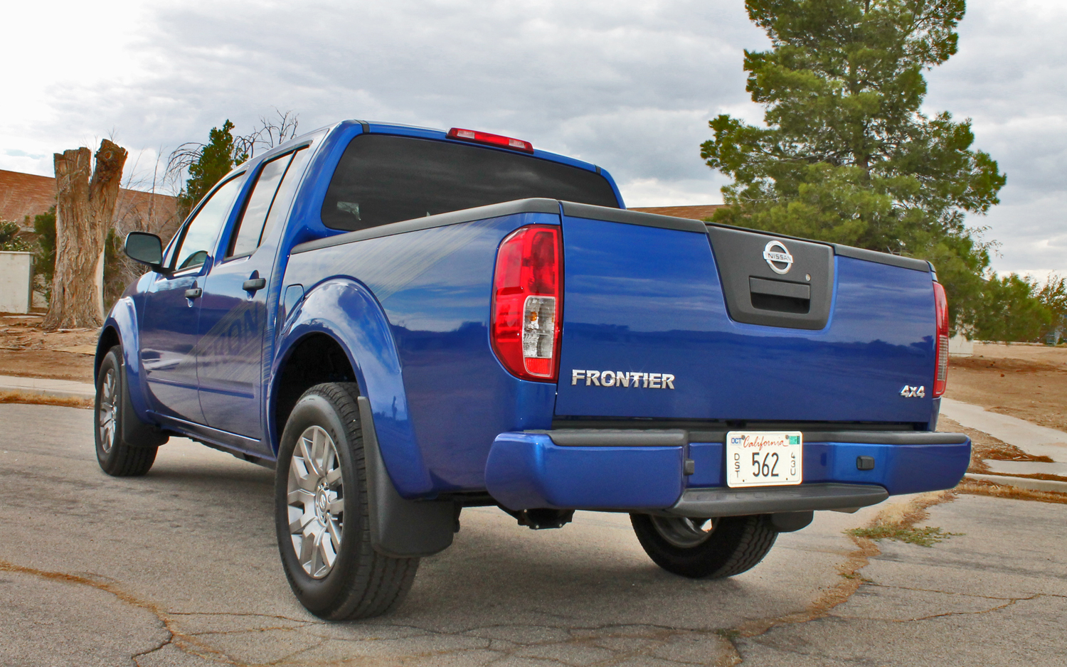 2012 Nissan Frontier - Information and photos - ZombieDrive