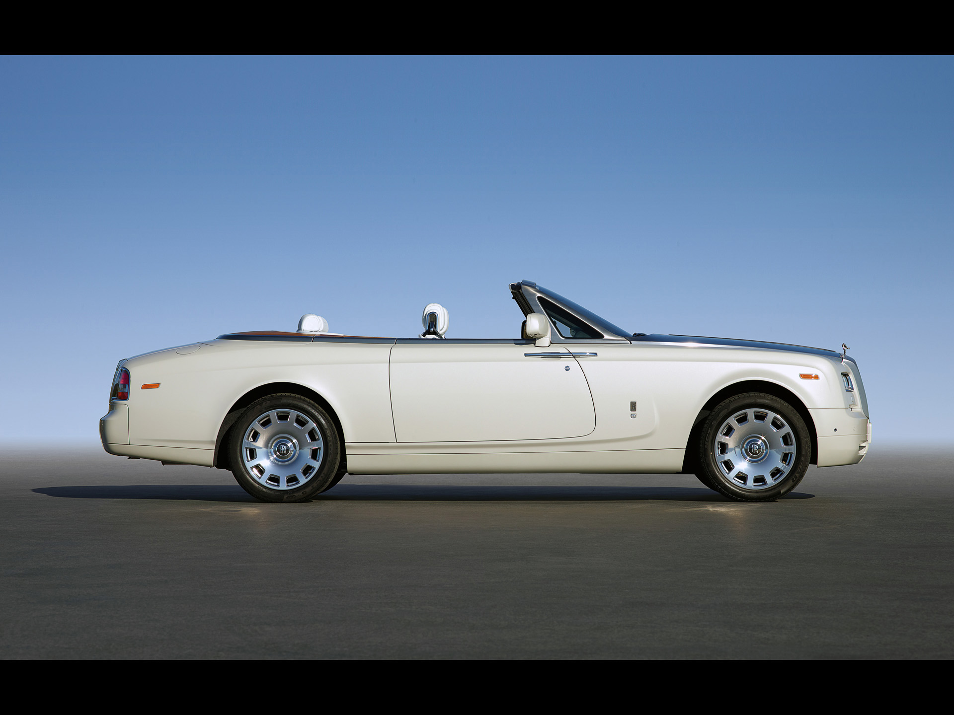 Rolls-Royce Phantom Drophead Coupe #6