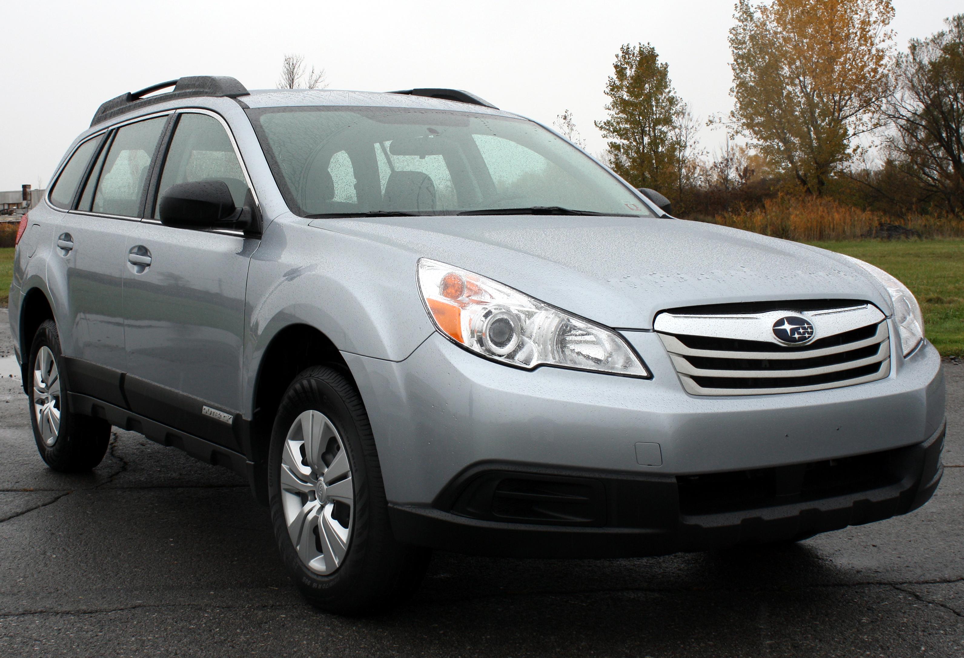 2012 Subaru Outback Image 13