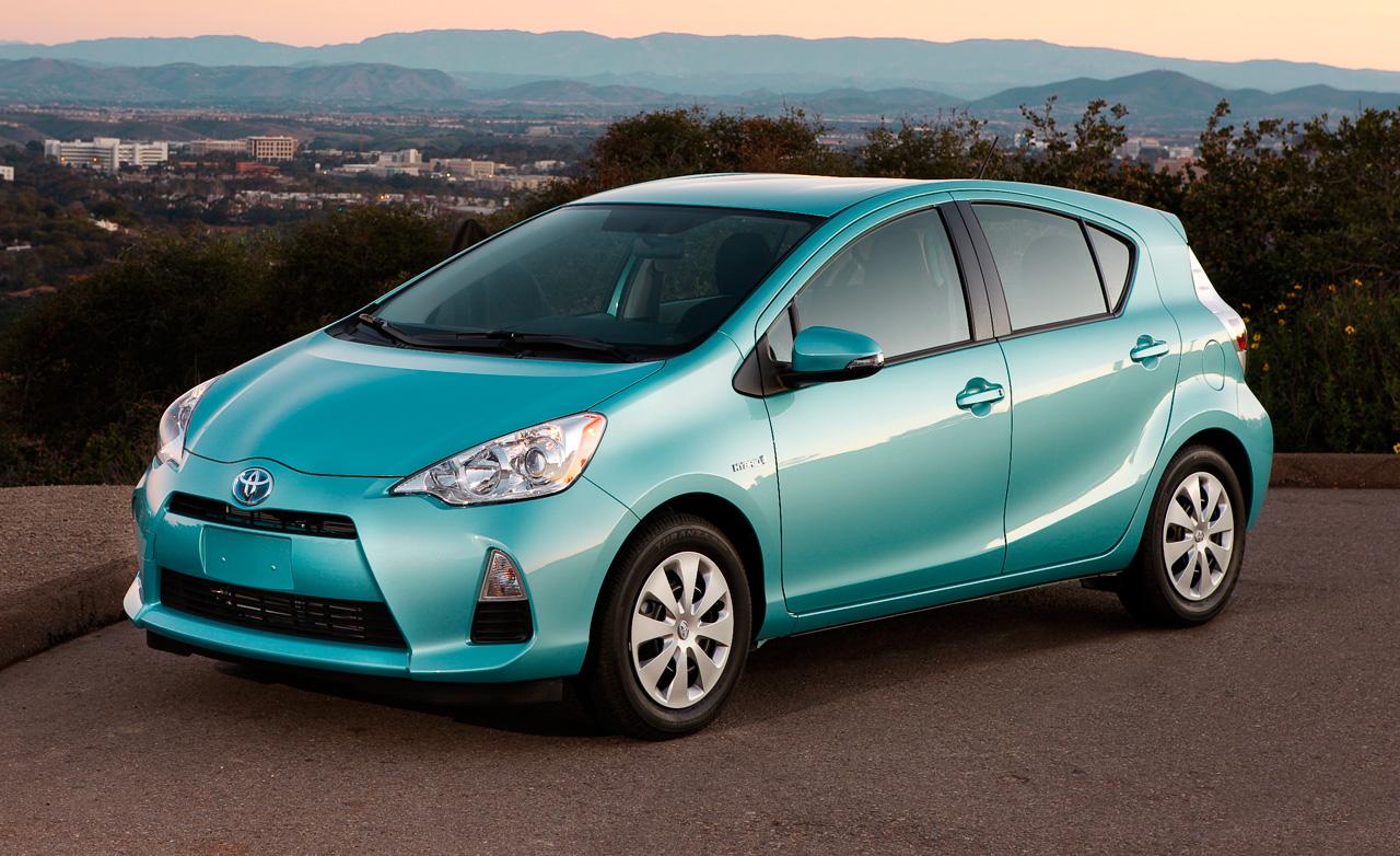 2012 Toyota Prius C Image 1