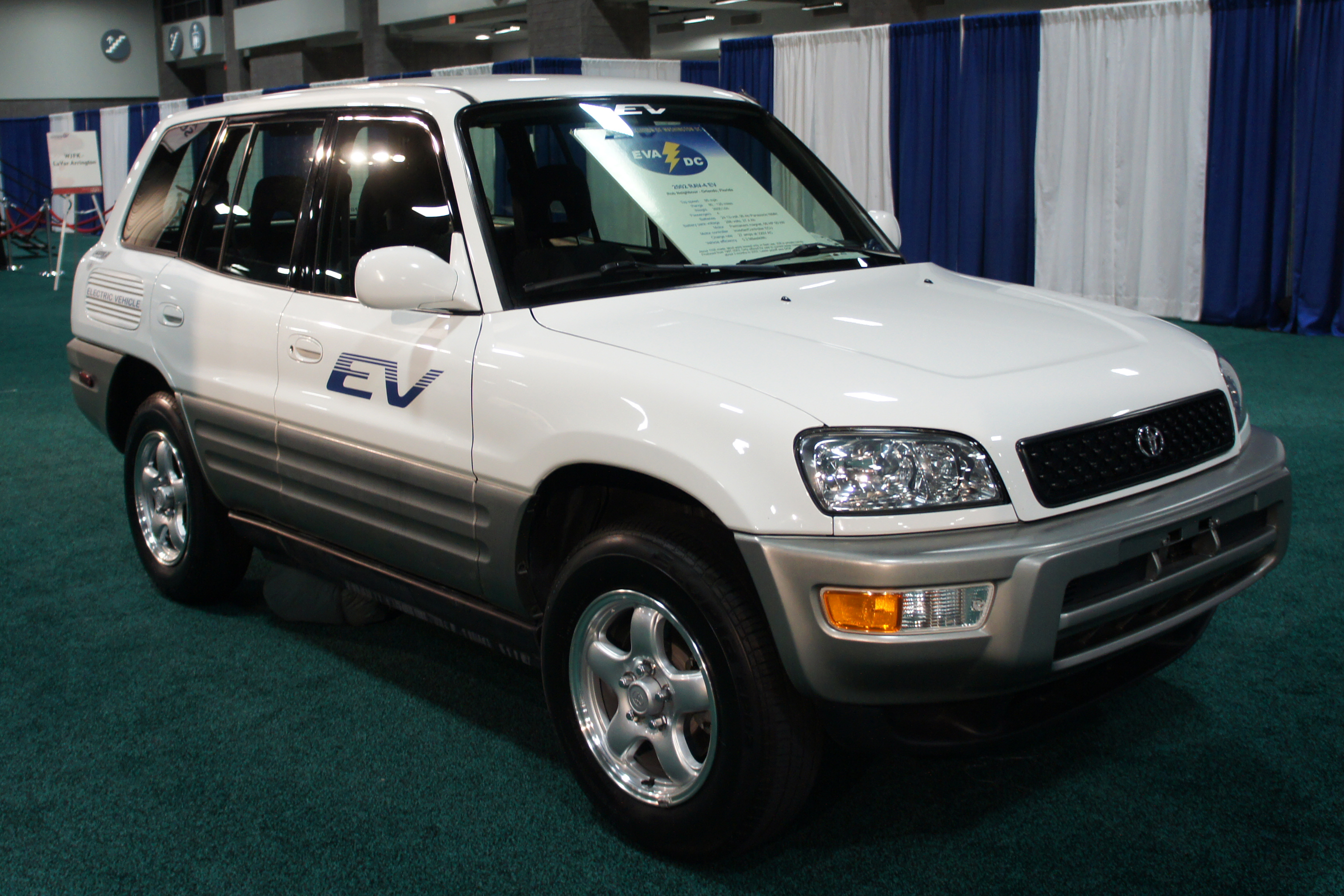 2012 Toyota RAV4 EV Information and photos ZombieDrive