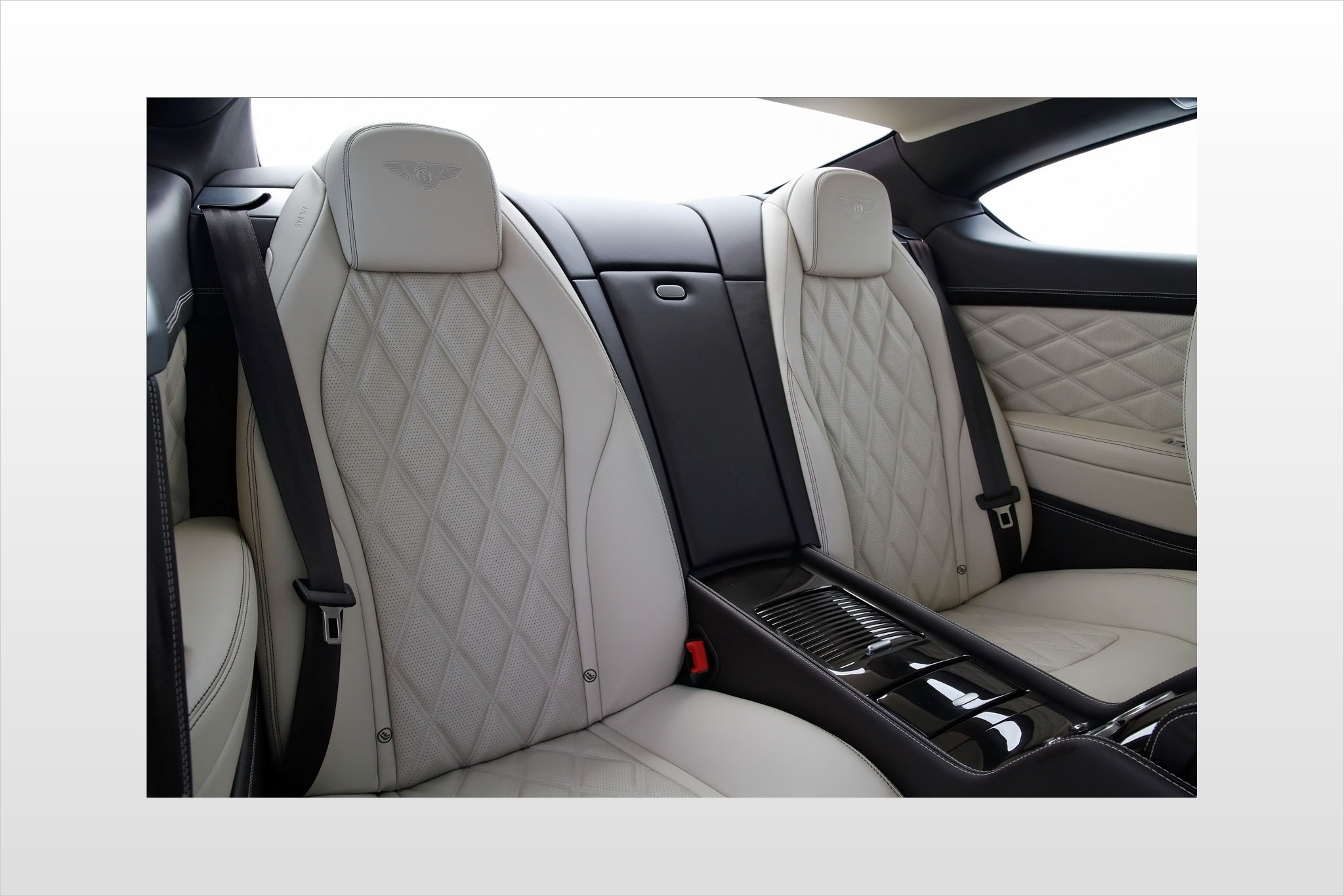 2012 Bentley Continental  interior #6