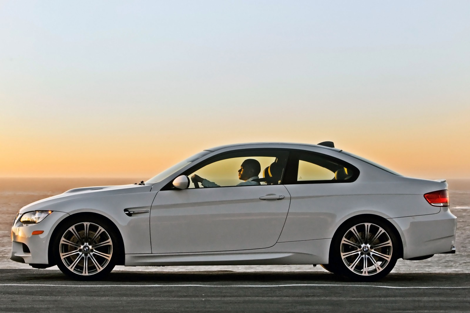 2012 BMW M3 Convertible G interior #9
