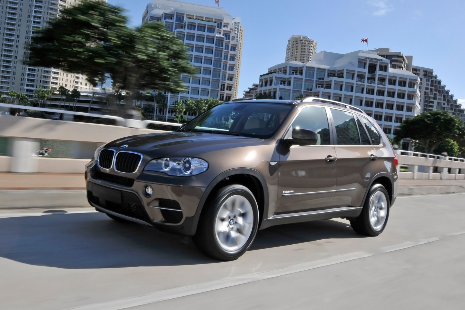 2012 BMW X5 xDrive35i 4dr interior #8