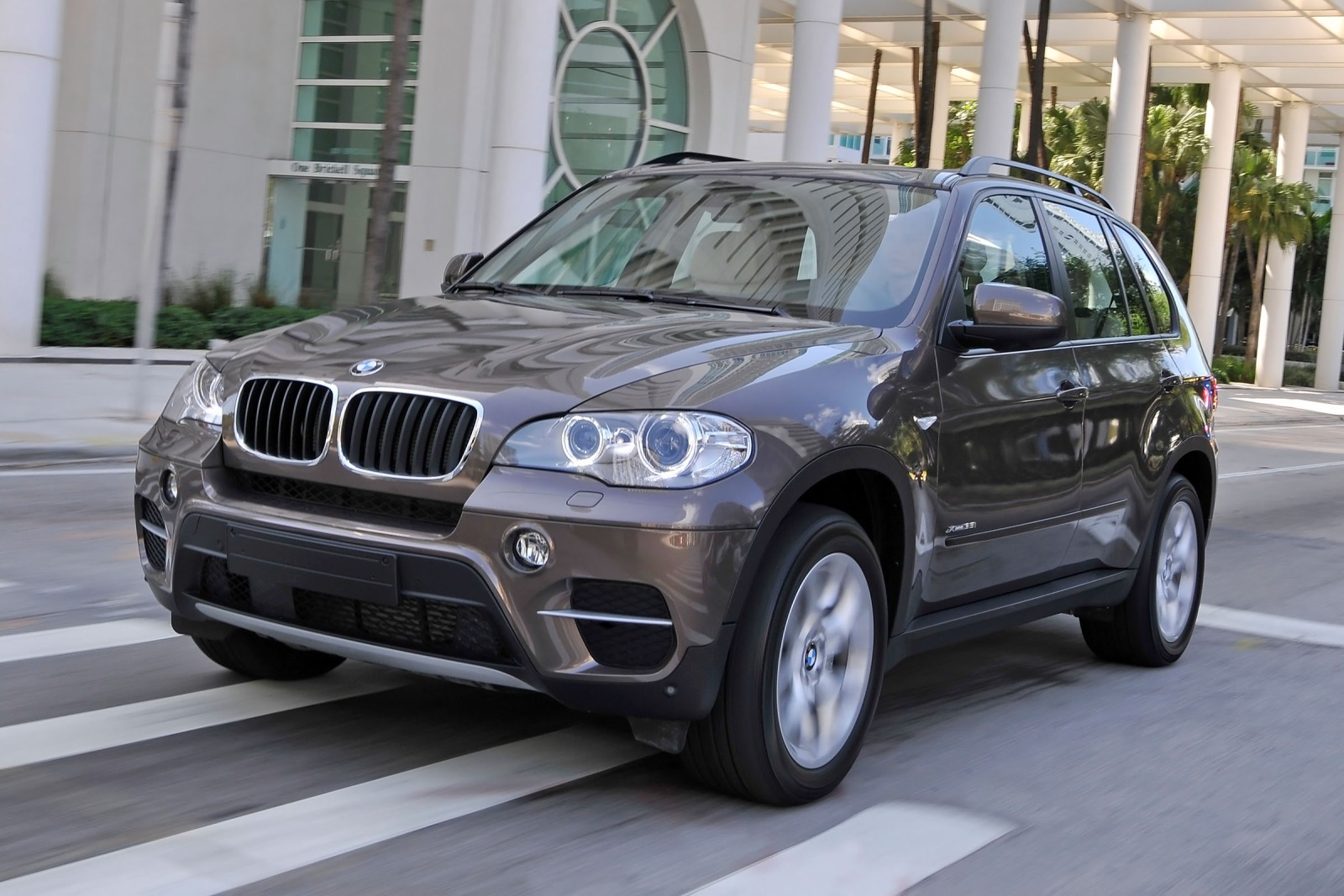 2012 BMW X5 xDrive35i 4dr interior #4