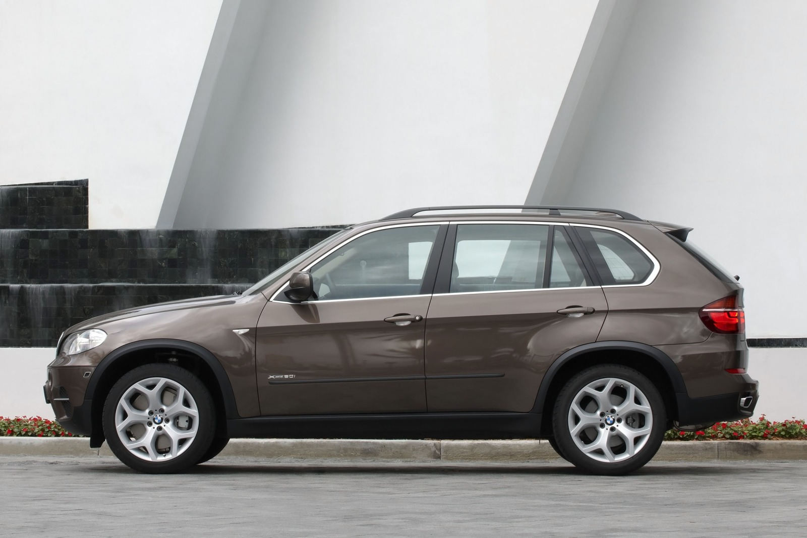 2012 BMW X5 xDrive35i 4dr interior #9