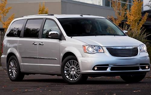 2012 Chrysler Town and Co exterior #3