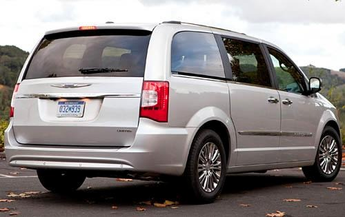 2012 Chrysler Town and Co exterior #6