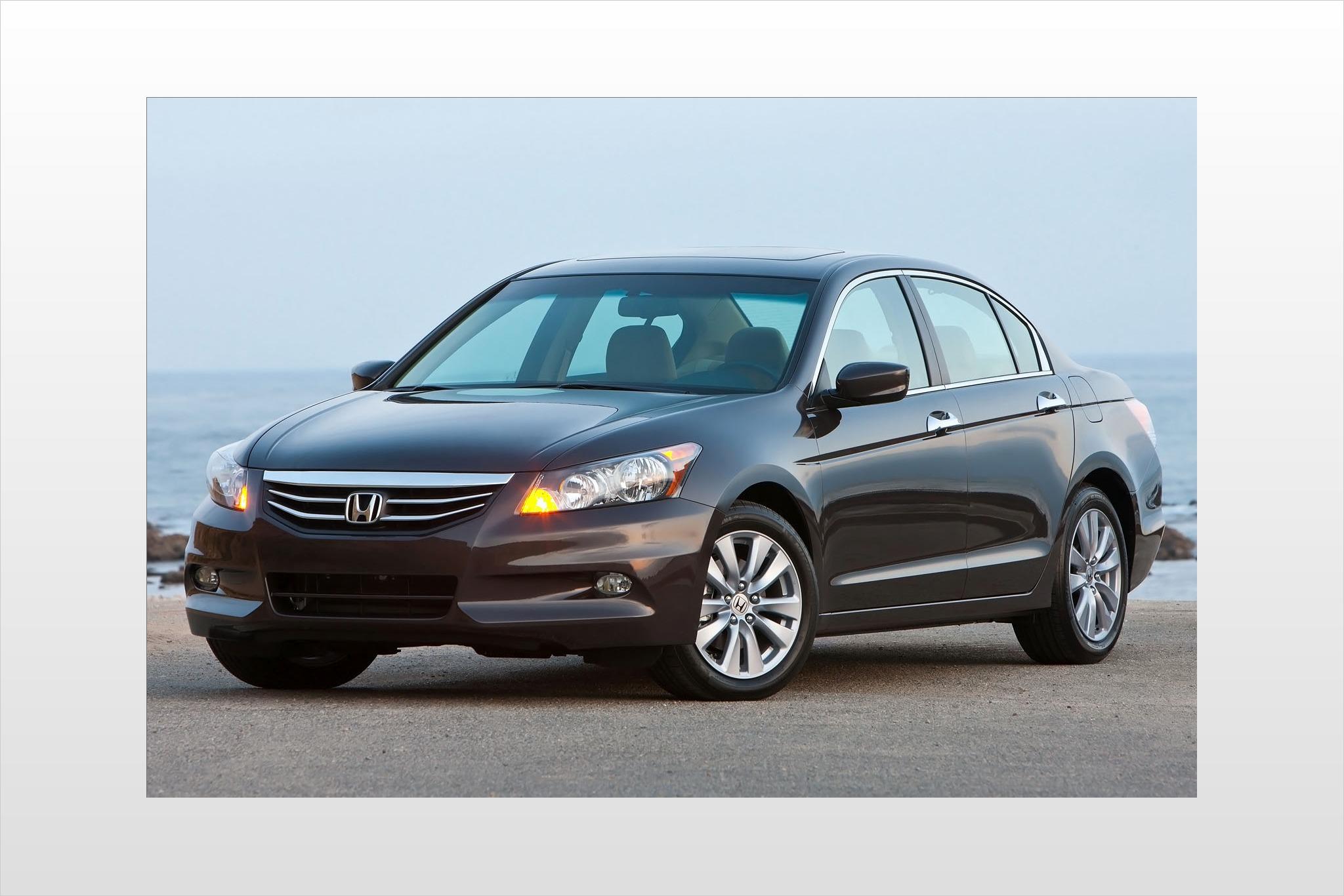 2012 Honda Accord Image 3