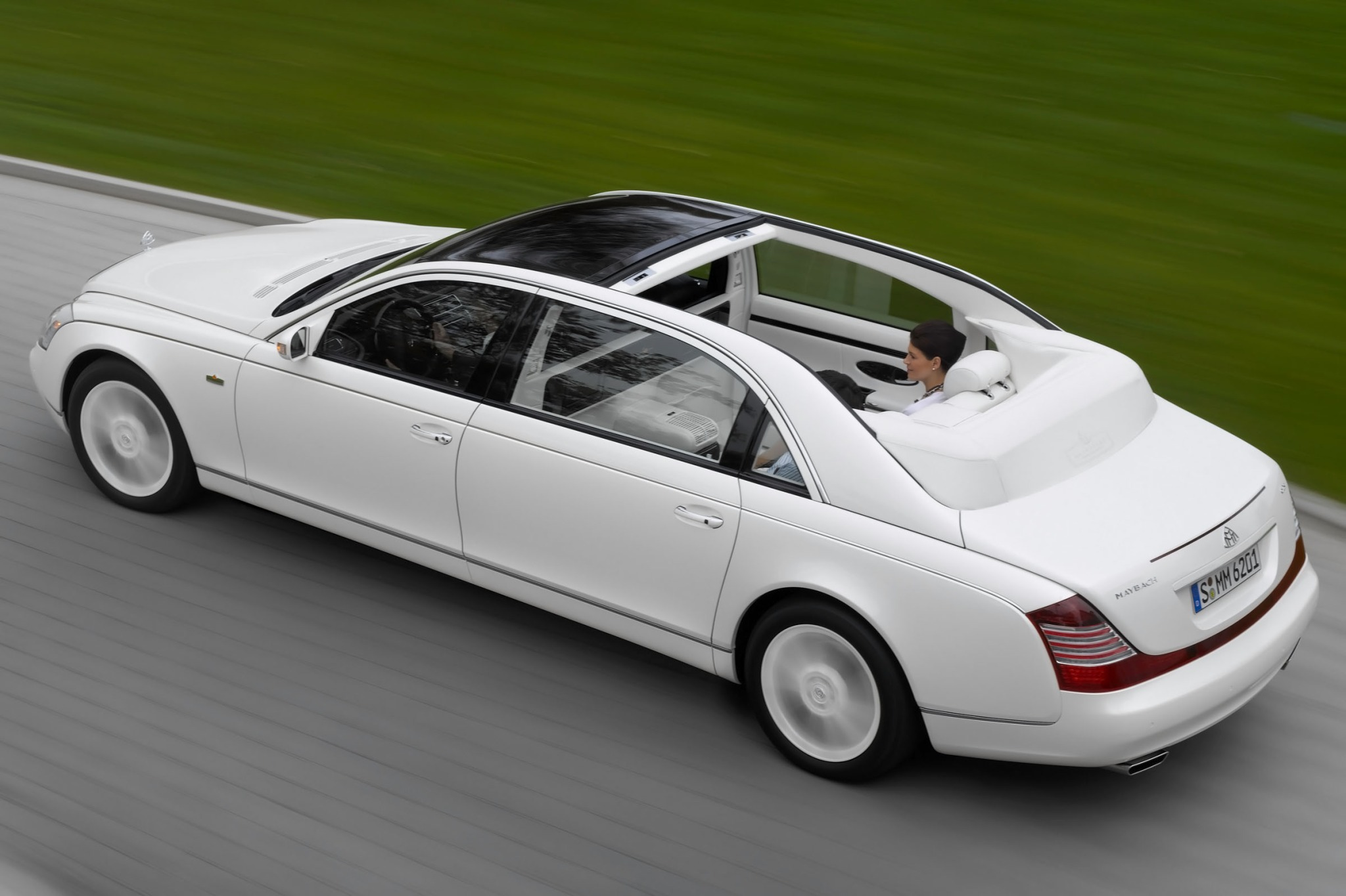 2012 Maybach Landaulet Co exterior #6
