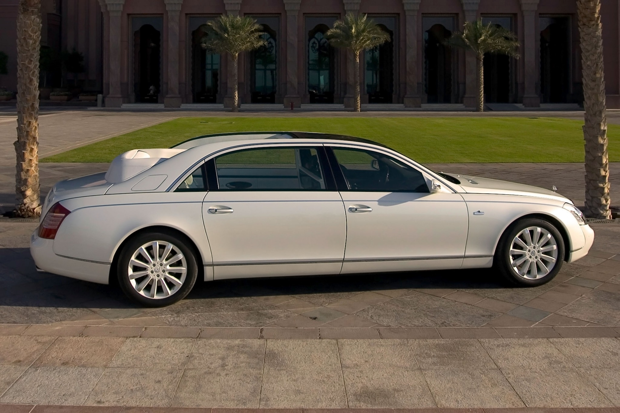 2012 Maybach Landaulet Co exterior #4