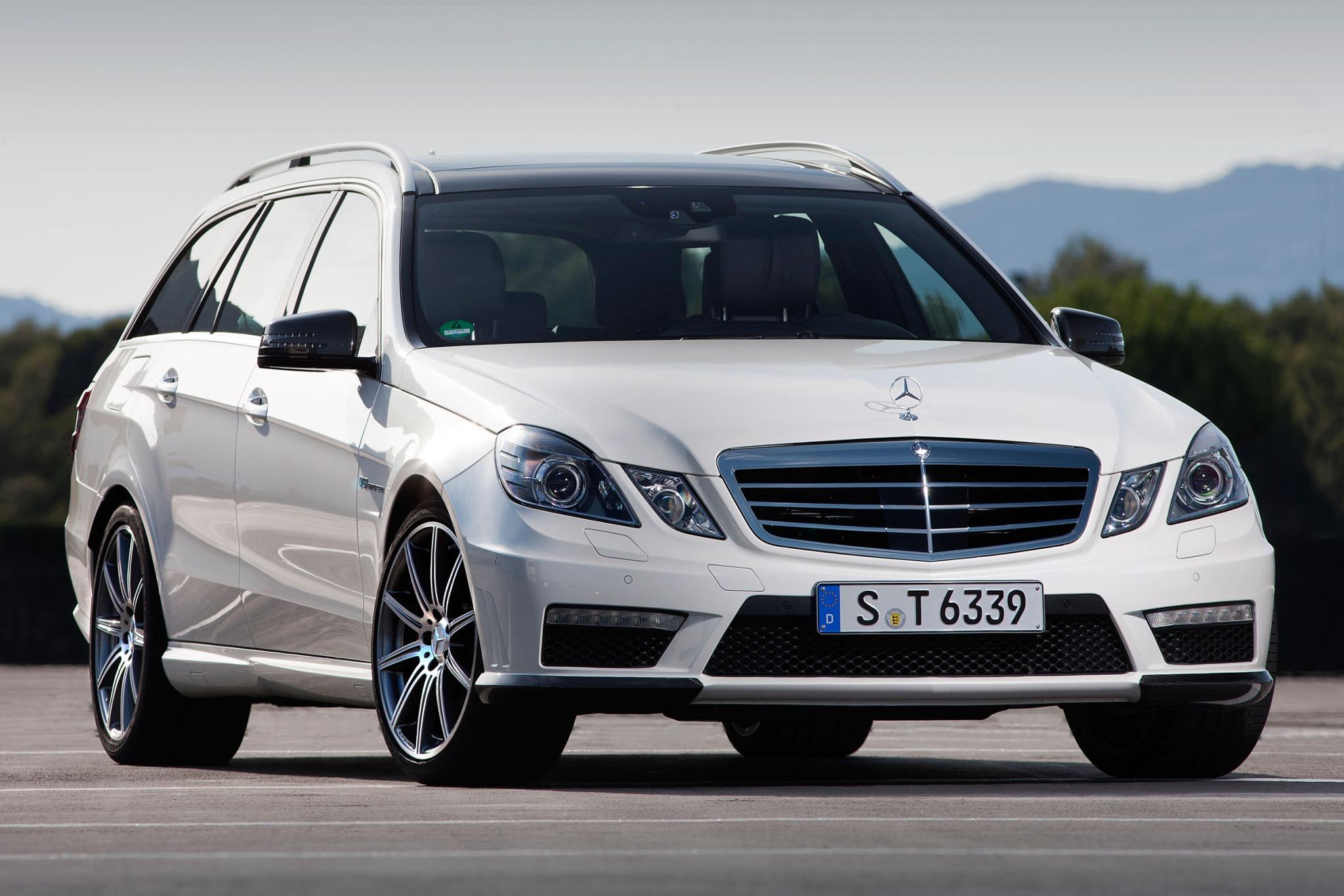 2013 Mercedes Benz E Class Image 1