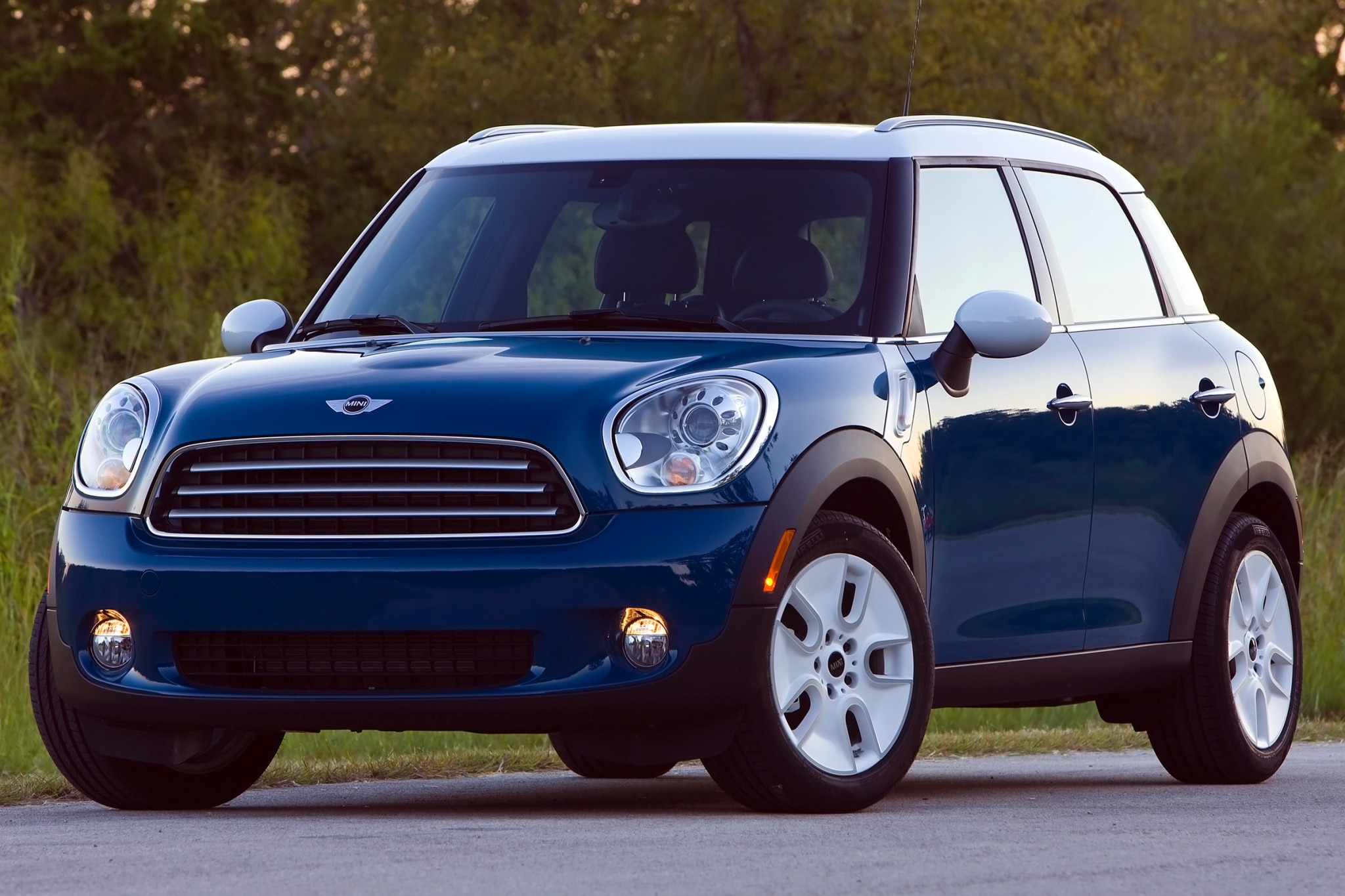 2012 MINI Cooper Countrym exterior #9