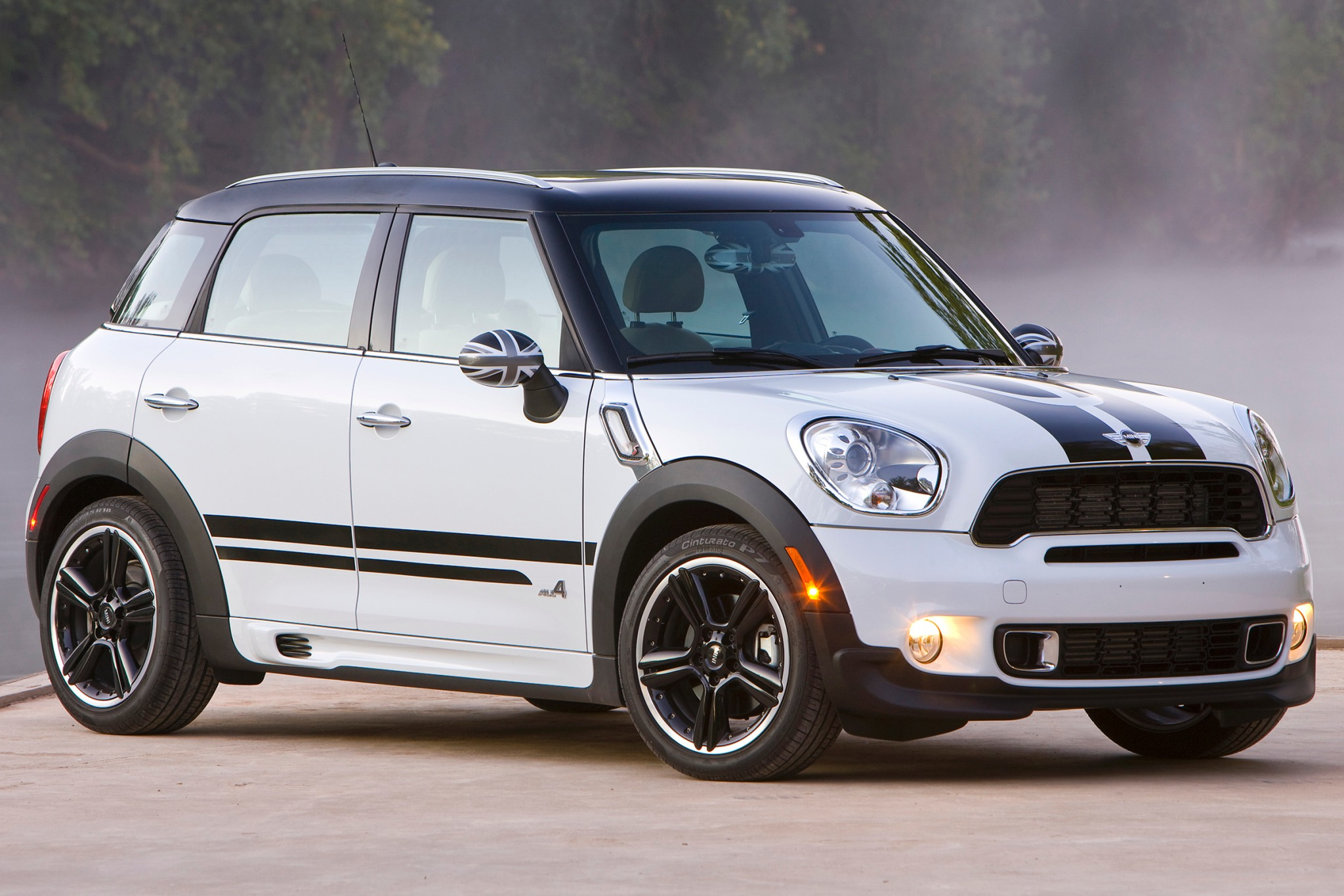 2012 MINI Cooper Countrym exterior #1