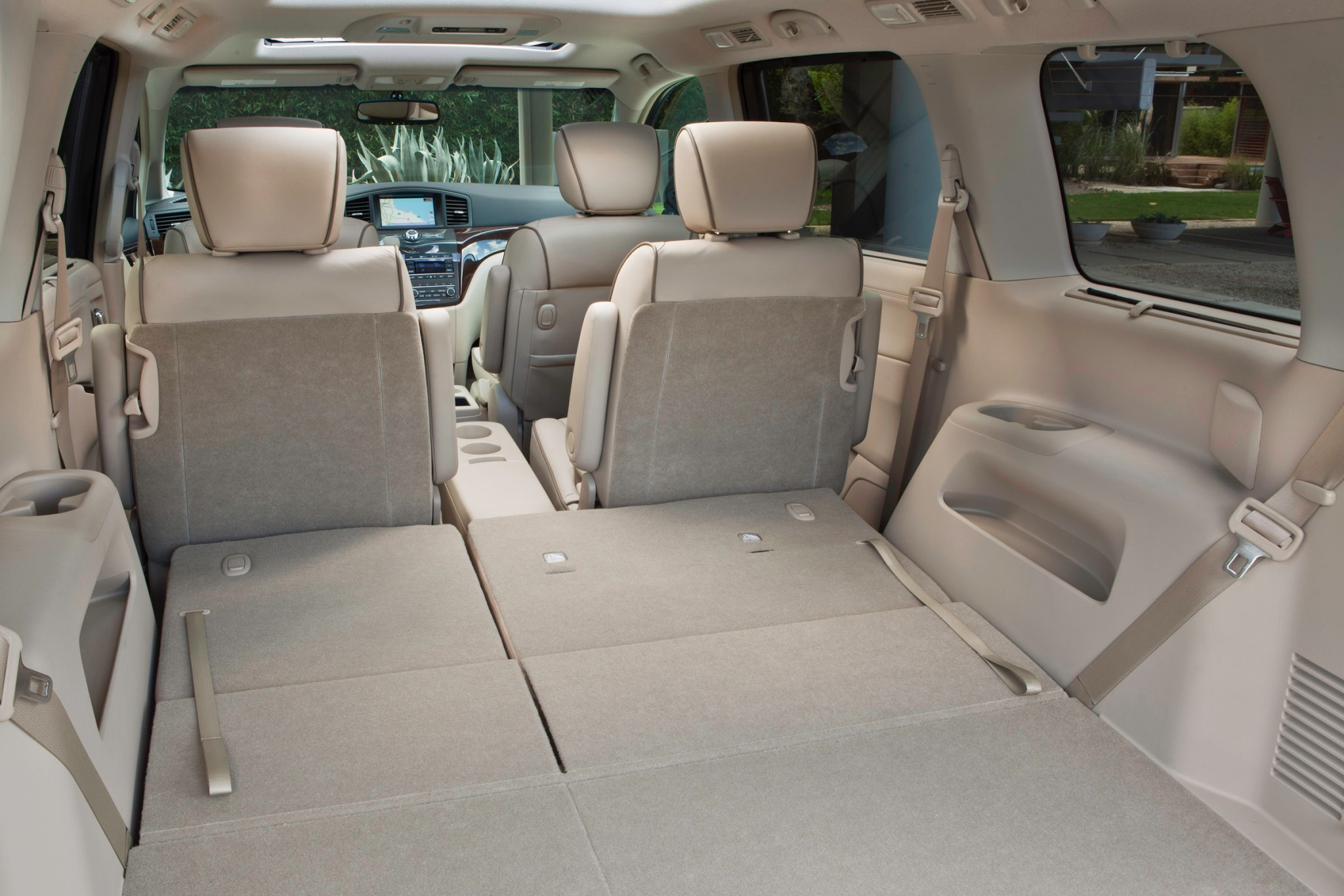 2012 Nissan Quest LE Pass interior #8