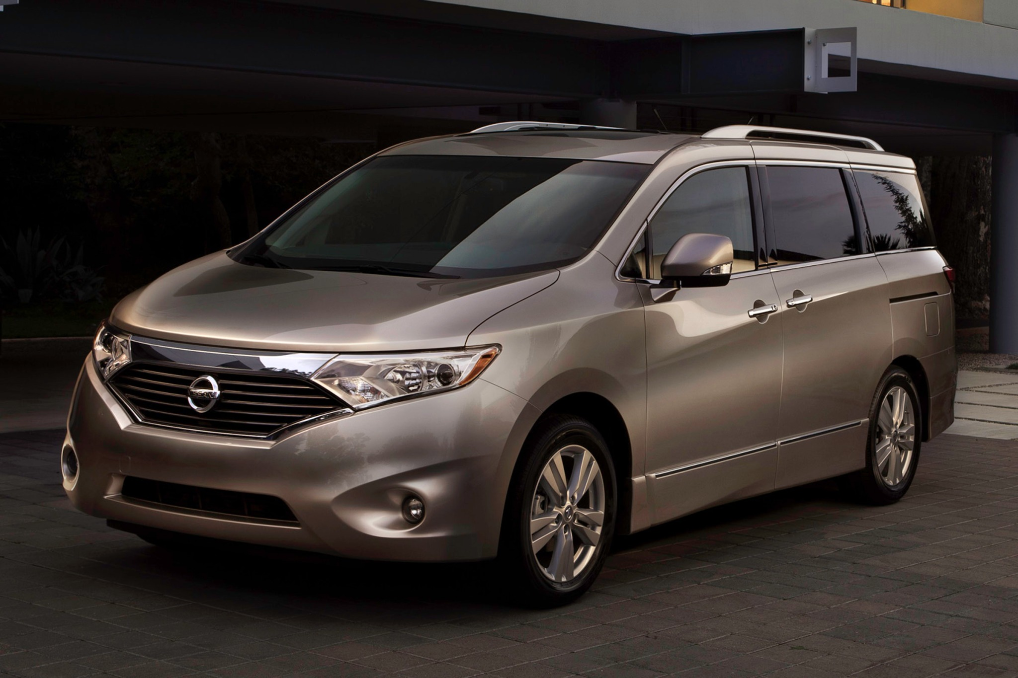 2012 Nissan Quest LE Pass interior #1