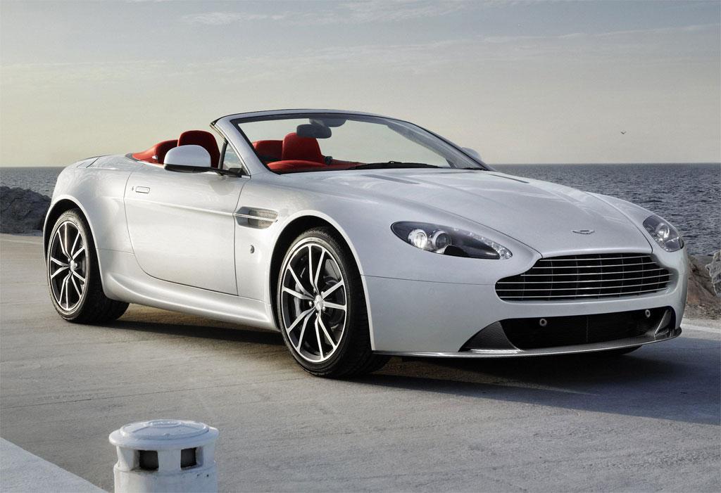 Aston martin v8 vantage фото