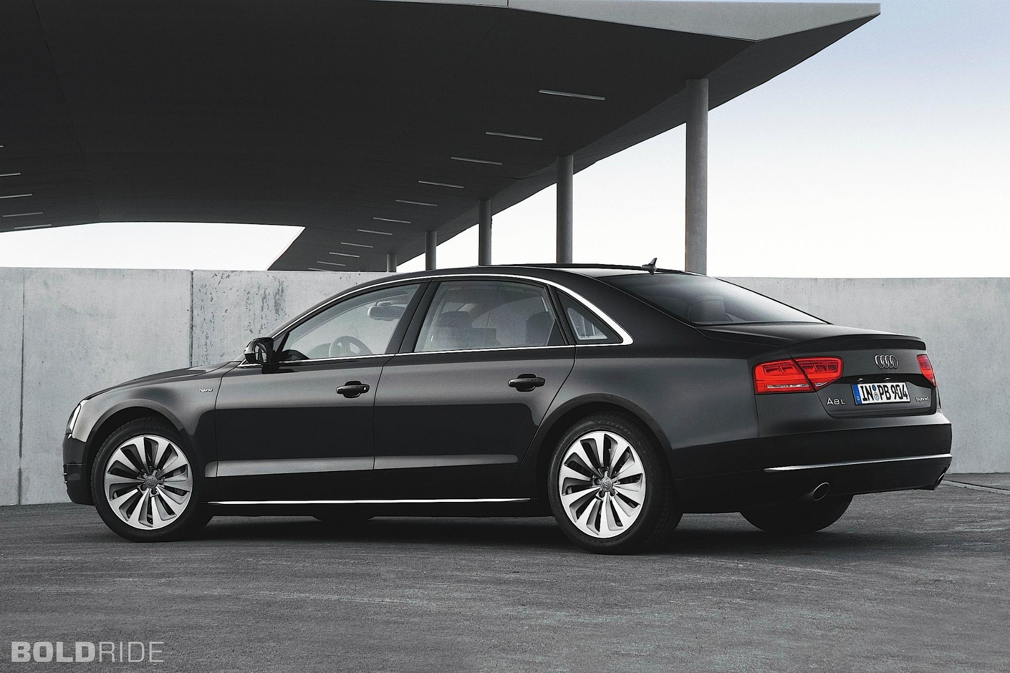 2013 Audi A8 Image 18