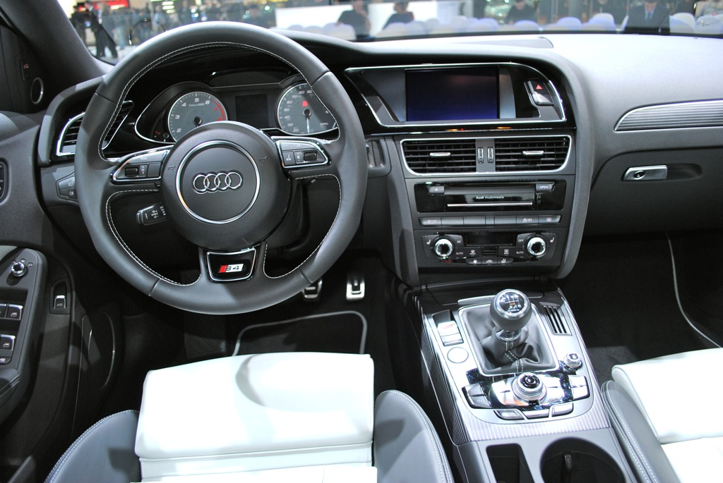 2013 Audi S4 Image 15