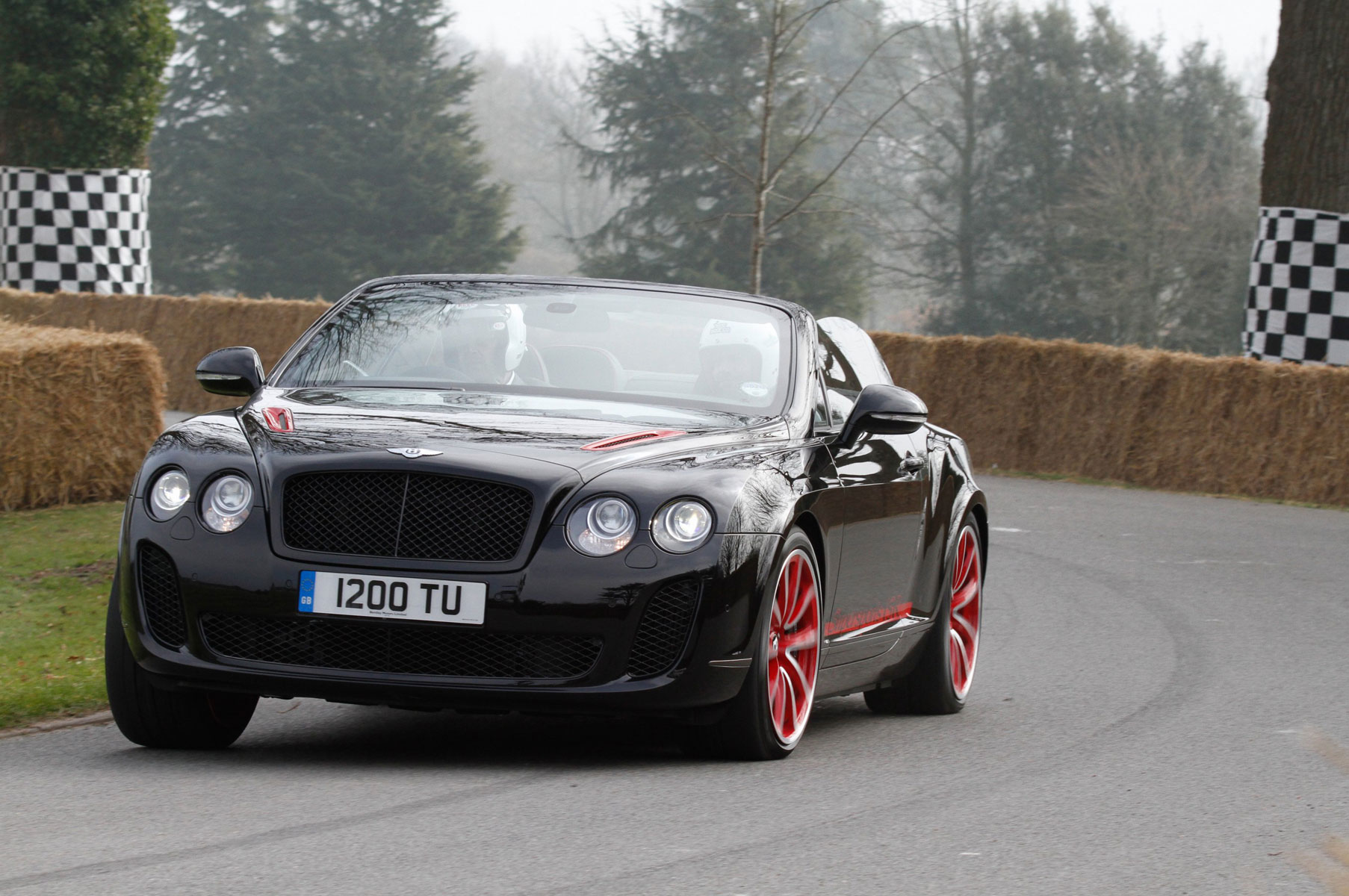 Bentley Supersports Convertible ISR #11