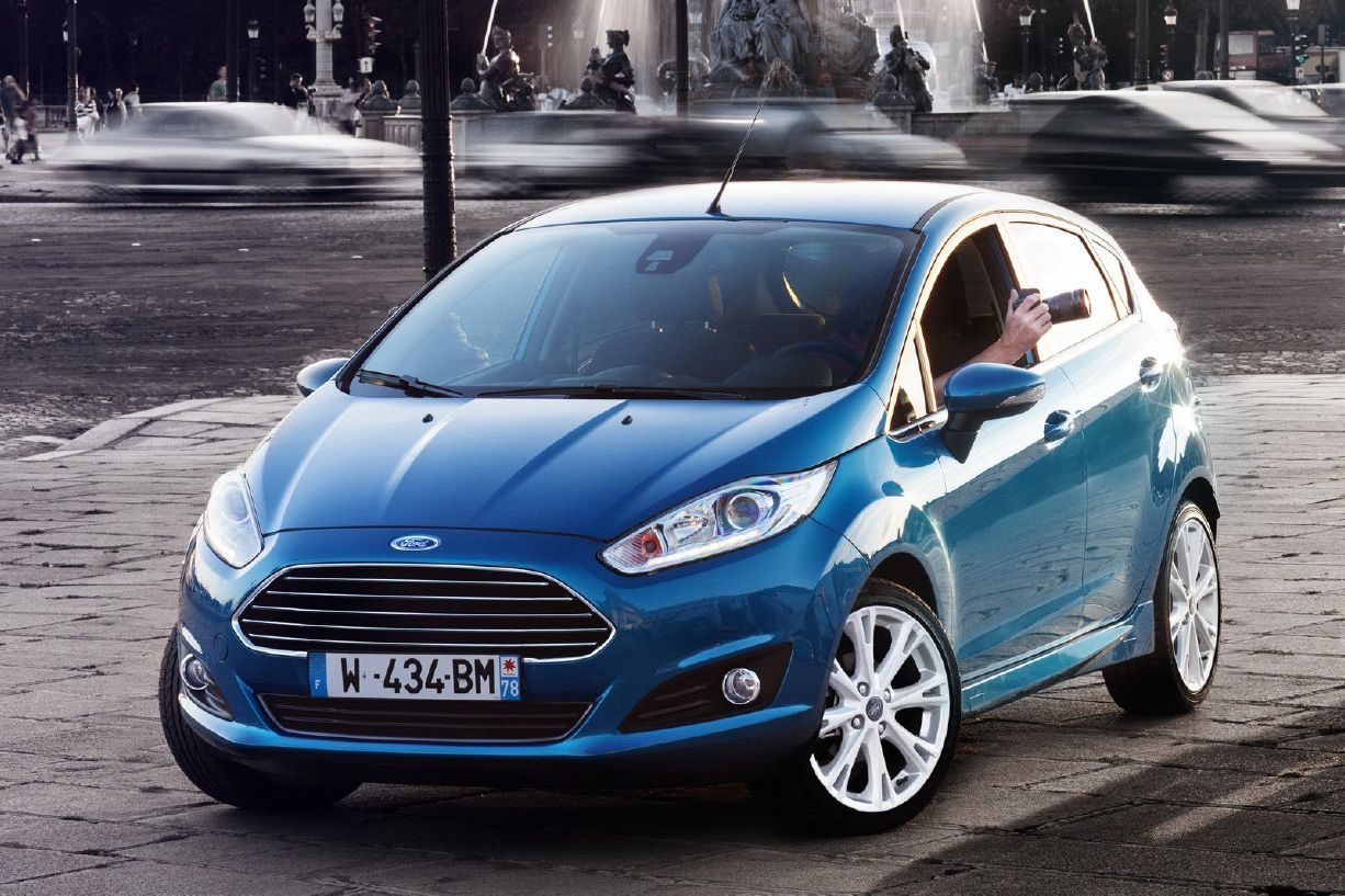 2013 ford fiesta image 18