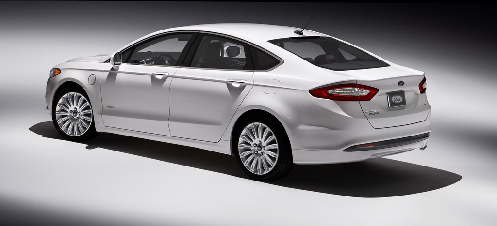 2013 ford fusion hybrid - information and photos - zombiedrive
