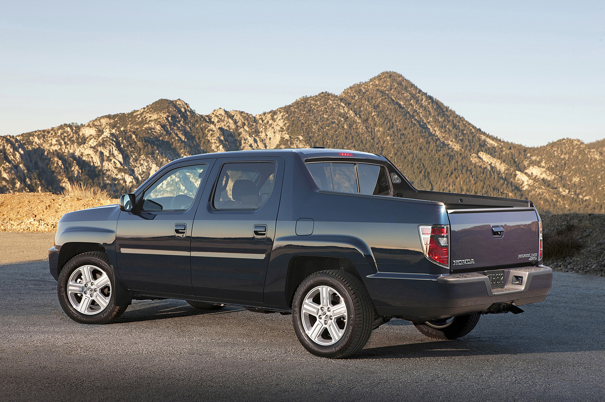 2013 Honda Ridgeline - Information and photos - ZombieDrive