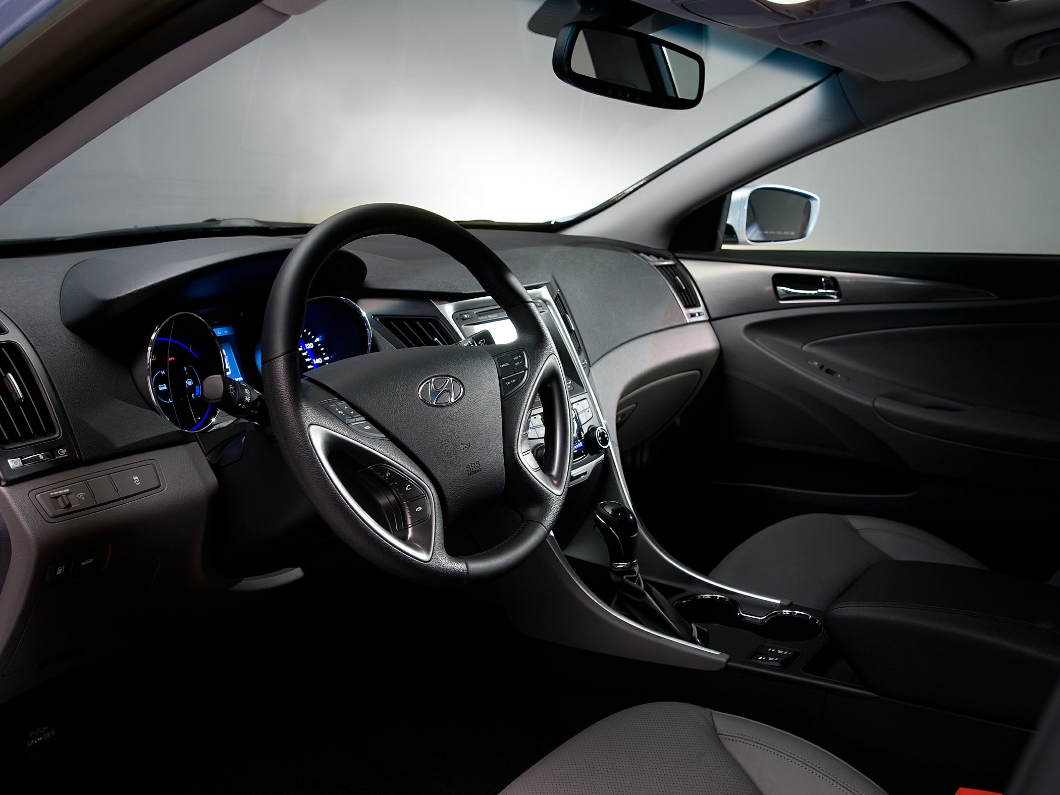 hybrid photos hyundai makes sonata limited informations articles