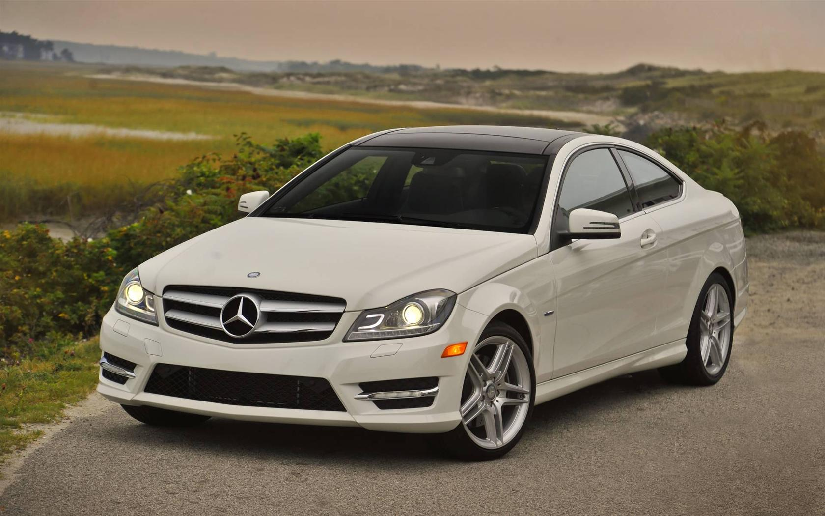2013 Mercedes Benz C Class Information And Photos